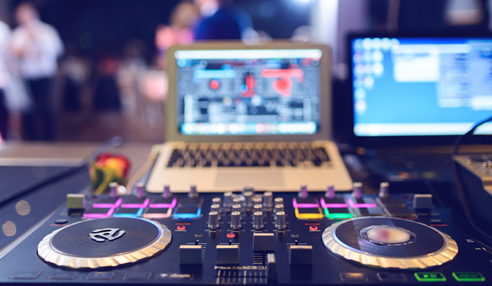 Here is how your DJ can mess-up your wedding!